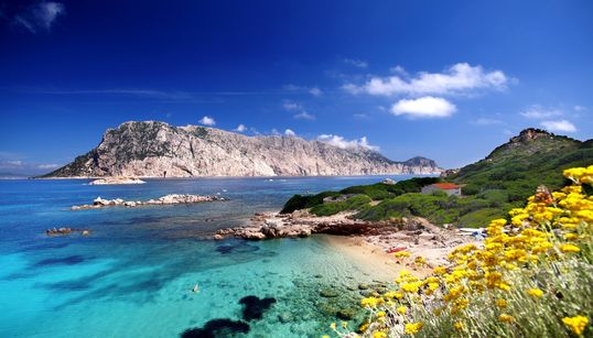 Le 15 spiagge più incantevoli d'Italia (secondo