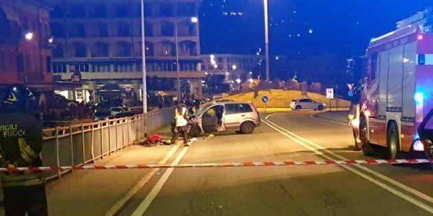 Famiglia a piedi travolta da auto impazzita a Verbania: un morto e tre