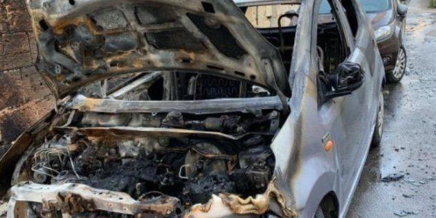 Mafia, incendiata a Palermo auto attivista di Libera. Ma lei non arretra: