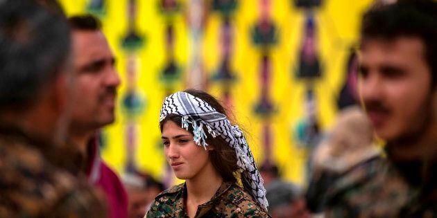 Siria, le scomode donne curde di