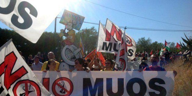 Dietrofront M5s anche sul Muos? Trenta difende l'opera. Ma il consigliere Trizzino assicura: