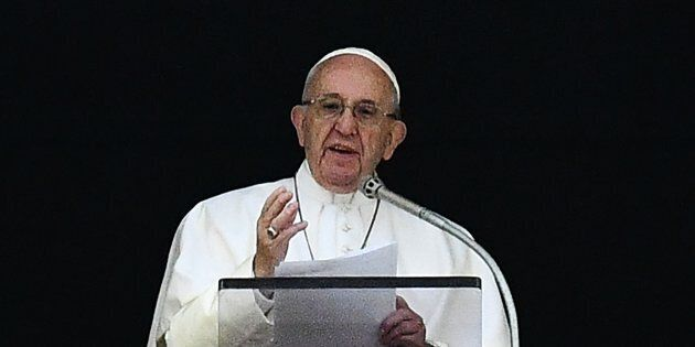 Nel giorno dei morti il Papa pregherà per i bambini mai