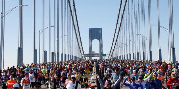 Alla maratona di New York trionfa in volata l'etiope Delisa, tra le donne vince la keniana