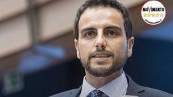 Marco Valli si autosospende da M5S per la laurea