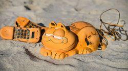 Risolto dopo 35 anni il mistero dei telefoni a forma di Garfield abbandonati sulla