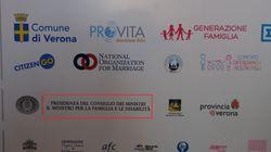A Verona c'è ancora il logo della presidenza del Consiglio. Gli organizzatori:
