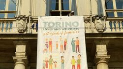 Lo striscione affisso dalla Appendino a Torino è la migliore risposta al Congresso di