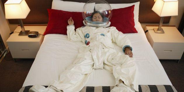 La Nasa cerca volontari per stare a letto 2 mesi (e paga molto