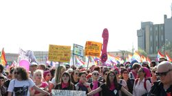 Marcia il corteo delle donne contro il Congresso delle famiglie di
