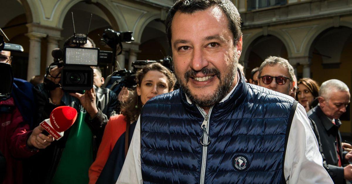 """Matteo Salvini arriva al Congresso di Verona: """"Non togliamo niente a nessuno. La legge 194 non si discute"""""""