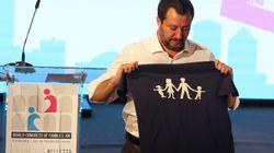 Matteo Salvini superstar al Congresso di Verona: