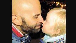 La storia di Luca, il papà single che ha adottato una bimba down rifiutata da sette