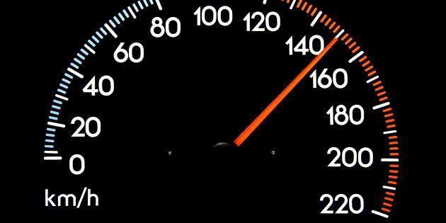 L'ultima proposta della Lega: alzare i limiti di velocità in autostrada fino a 150