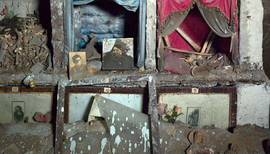 Al via la mostra sulle chiese abbandonate di Napoli firmata Robert