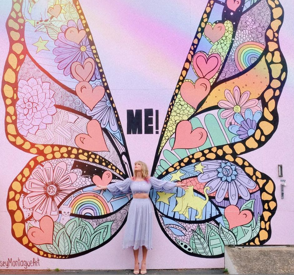 Taylor Swift's Long-Awaited Surprise Is A Song Called 'ME!'