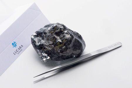 Βρέθηκε το δεύτερο μεγαλύτερο άκοπο διαμάντι στην ιστορία, αλλά δεν είναι και τόσο