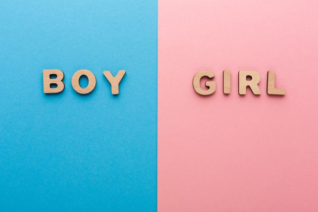 This Woman Shows Just How Hard Can It Be To Buy Gender-Neutral Kids Cards