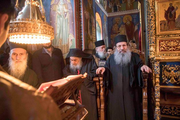 Στην Ιερά Μονή Σίμωνος Πέτρα ο πολιτικός διοικητής του Αγίου Όρους για την Ακολουθία των