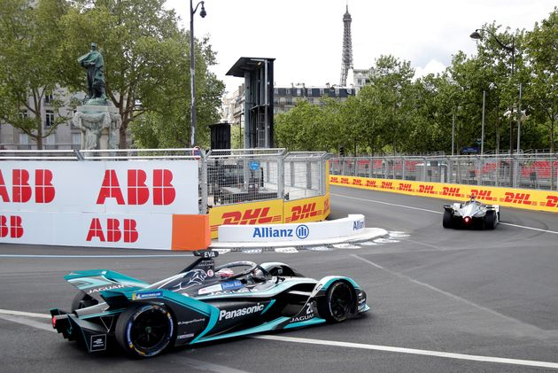 Le Grand prix de Formule E se déroule ce samedi autour des Invalides, non loin de la Tour