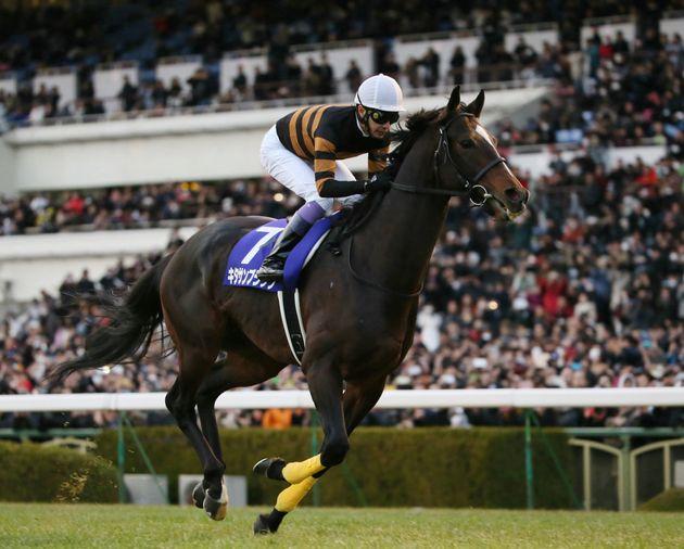 引退式で最後の走りを披露するキタサンブラック。騎手は武豊。(2018年01月07日