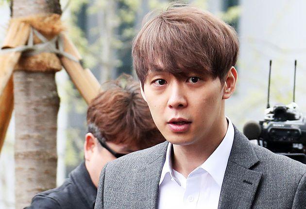 박유천이 구속 후 첫 조사에서도 마약 투약 혐의를