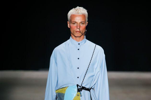 Fashion Week: le mannequin brésilien Tales Cotta meurt lors d'un défilé (Photo prise...