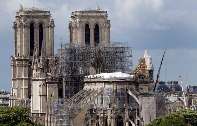 Notre-Dame: plus de 1000 experts appellent Emmanuel Macron à la prudence (Photo
