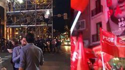 Así ha sido el ambiente en las sedes del PP y PSOE durante el recuento de