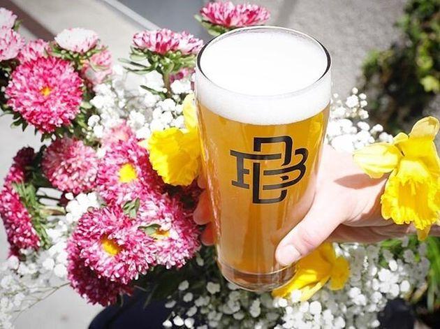 봄을 닮은 경쾌하고 화사한 맥주