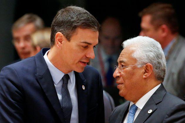 Antonio Costa y Pedro Sánchez, durante un encuentro en