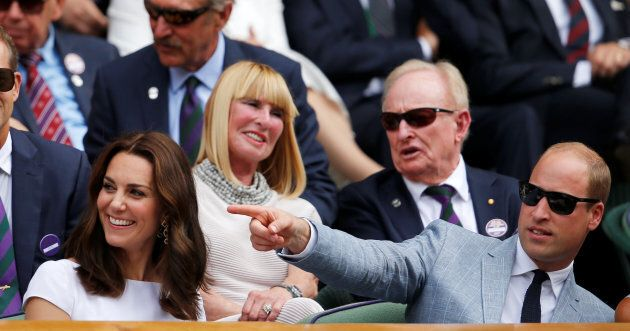Kate Middleton a Wimbledon, tra carezze al marito e bacio al vincitore del