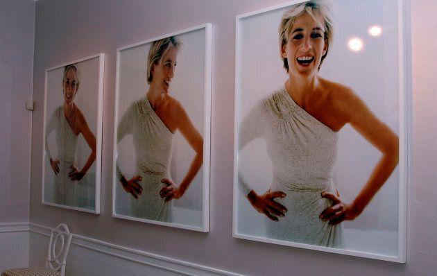 Camilla sceglie il fotografo di Lady Diana per il ritratto ufficiale del suo 70esimo