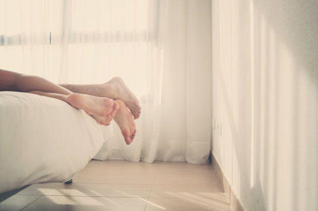 5 motivi per cui dormire insieme fa bene alla
