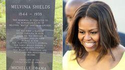 Questa lapide commemorativa dimostra che Michelle Obama rappresenta