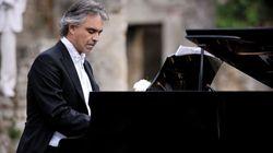 """Andrea Bocelli: """"Canterò con un robot. Perché dietro la macchina c'è sempre un uomo, la sua sensibilità e la sua"""