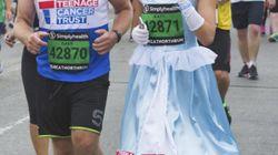 A 4 anni le è stato diagnosticato il cancro. A 17 ha corso la mezza maratona vestita da Cenerentola per una commovente