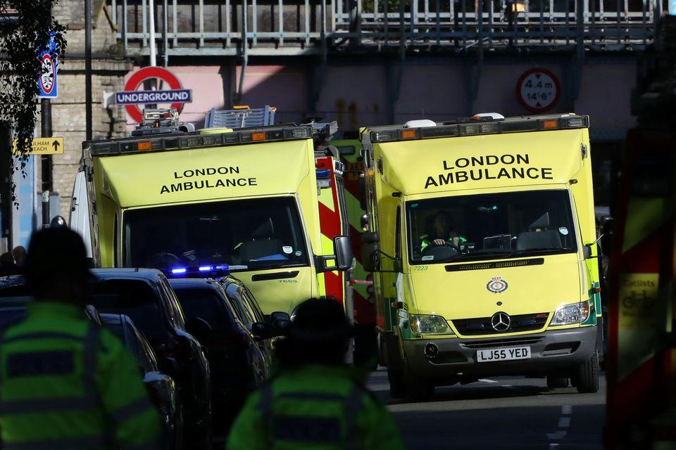 Una palla di fuoco nella metro: stamattina a #Londra è tornato il terrorismo. Un ordigno artigianale...