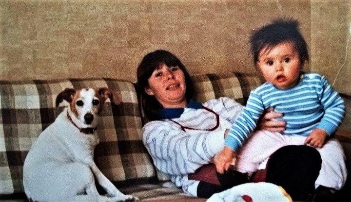 <i>Ah ma Maman&hellip; Je l&rsquo;aime si fort. Elle fait partie de ma vie, de moi. Jamais je n&rsquo;ai voulu imaginer ma vie sans elle. Impossible d&rsquo;accepter cette id&eacute;e. IMPOSSIBLE.</i>