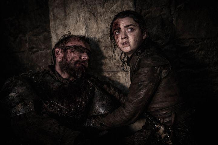 Beric dies in Arya's arms.