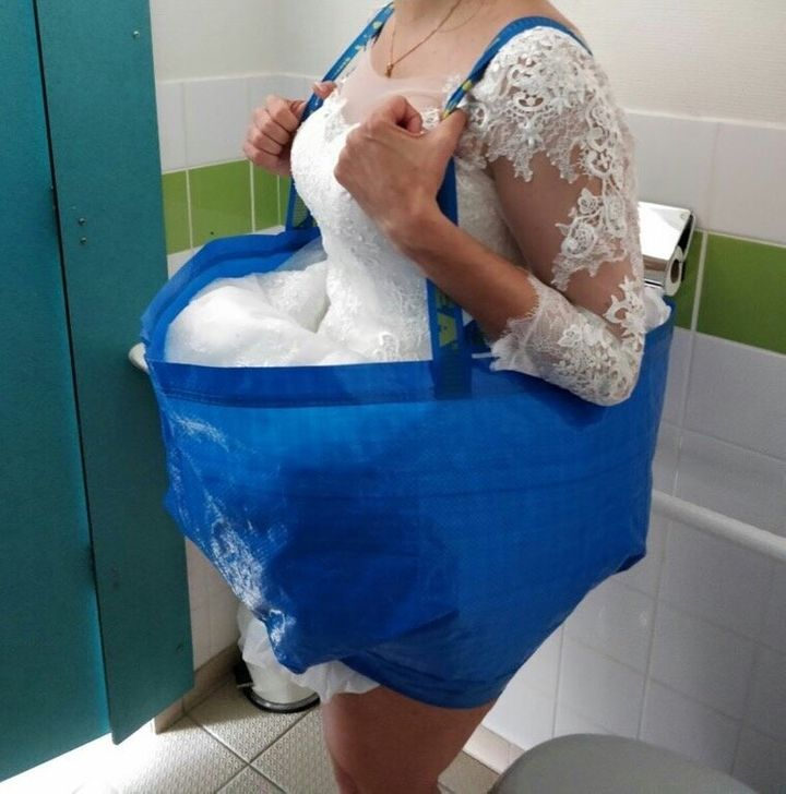 The large bag can hold up the bottom of your dress while you use the bathroom.