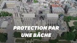 La bâche protégeant Notre-Dame vue du ciel grâce à un