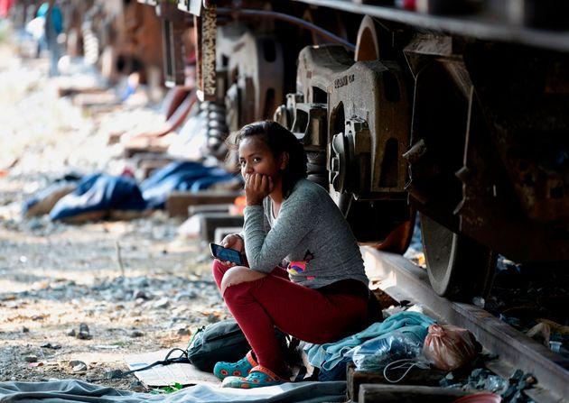 Ειδικός τέλος θα πληρώνουν οι μετανάστες που θέλουν να υποβάλλουν αίτηση ασύλου στις
