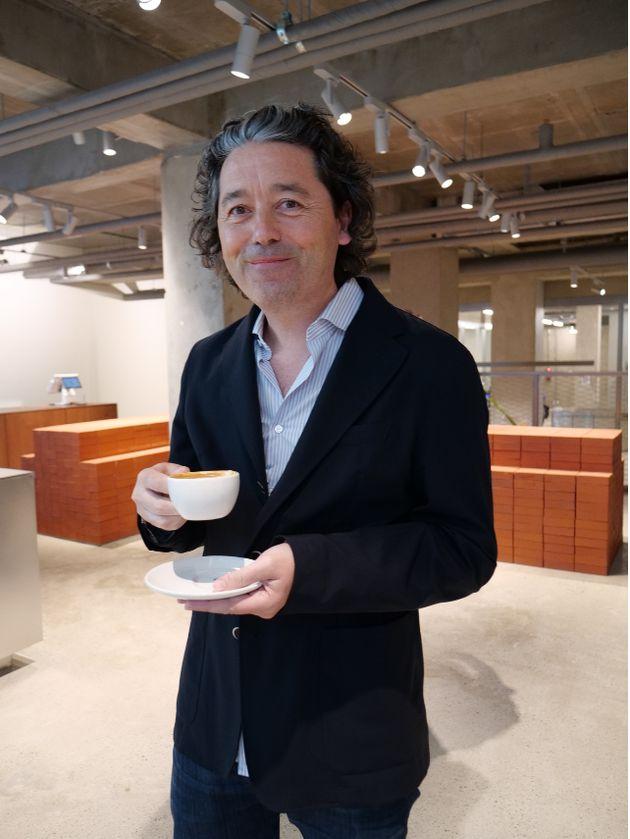 블루보틀 CEO 브라이언