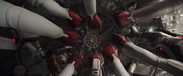 '어벤져스: 엔드게임'이 개봉 8일 만에 800만 관객을