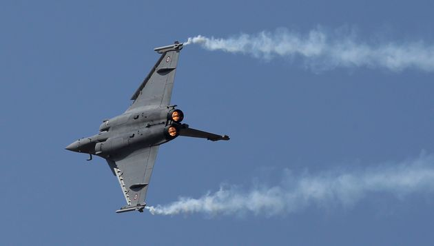 SC Asks Centre To Respond To Rafale Review Petitions By Saturday, Hearing On May