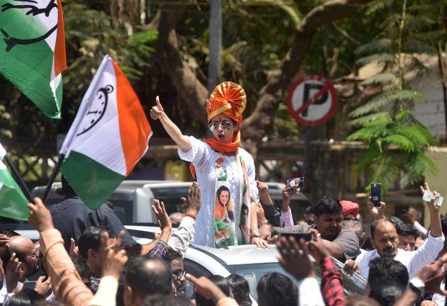 Actor Urmila Matondkar's surprisingly feisty fight has forced BJP's Gopal Shetty to sweat...