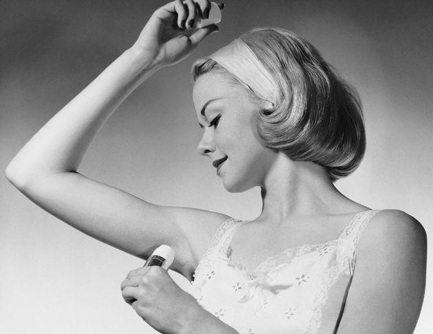 É hora de começarmos todos a usar desodorante