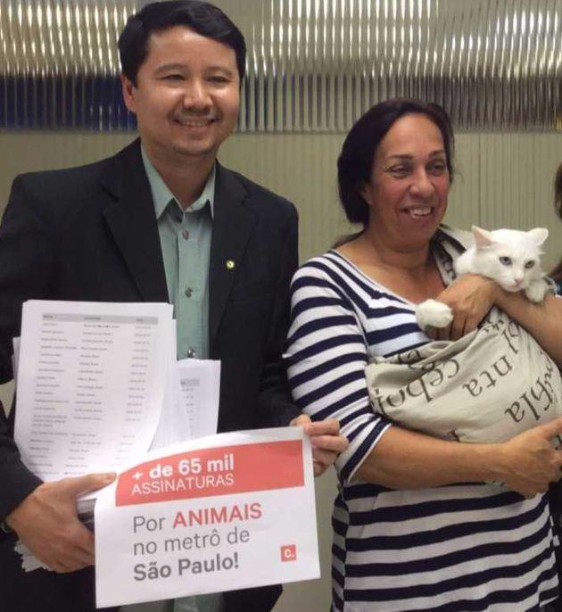Rogério Nagai conseguiu a liberação do transporte de animais de estimação...