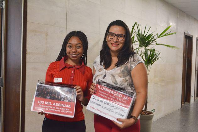 Estudante de Psicologia Larissa Santana, de 20 anos, colheu mais de 100 mil assinaturas para iluminação...