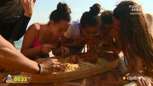 Las Azúcar Moreno dan que hablar en 'Supervivientes' por guardarse comida: sí, justo